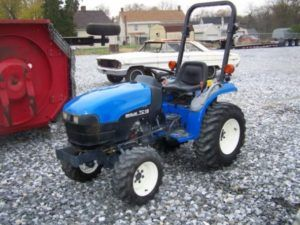 New Holland TC18 tractor information