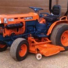 Kubota B7100HST Tractor Workshop Service Repair Manual