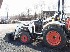 Bobcat CT230 Compact Tractor Operation and Maintenance Manual
